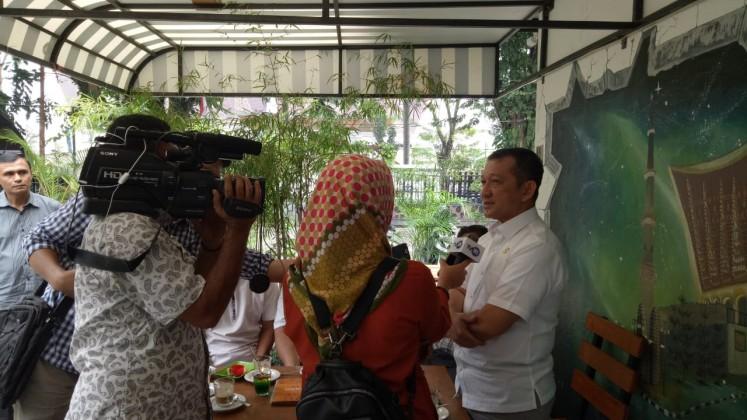 Wawancara TVRI dengan Bpk Kepala Dinas Tenaga Kerja dan Transmigrasi tentang penetapan ump 2020