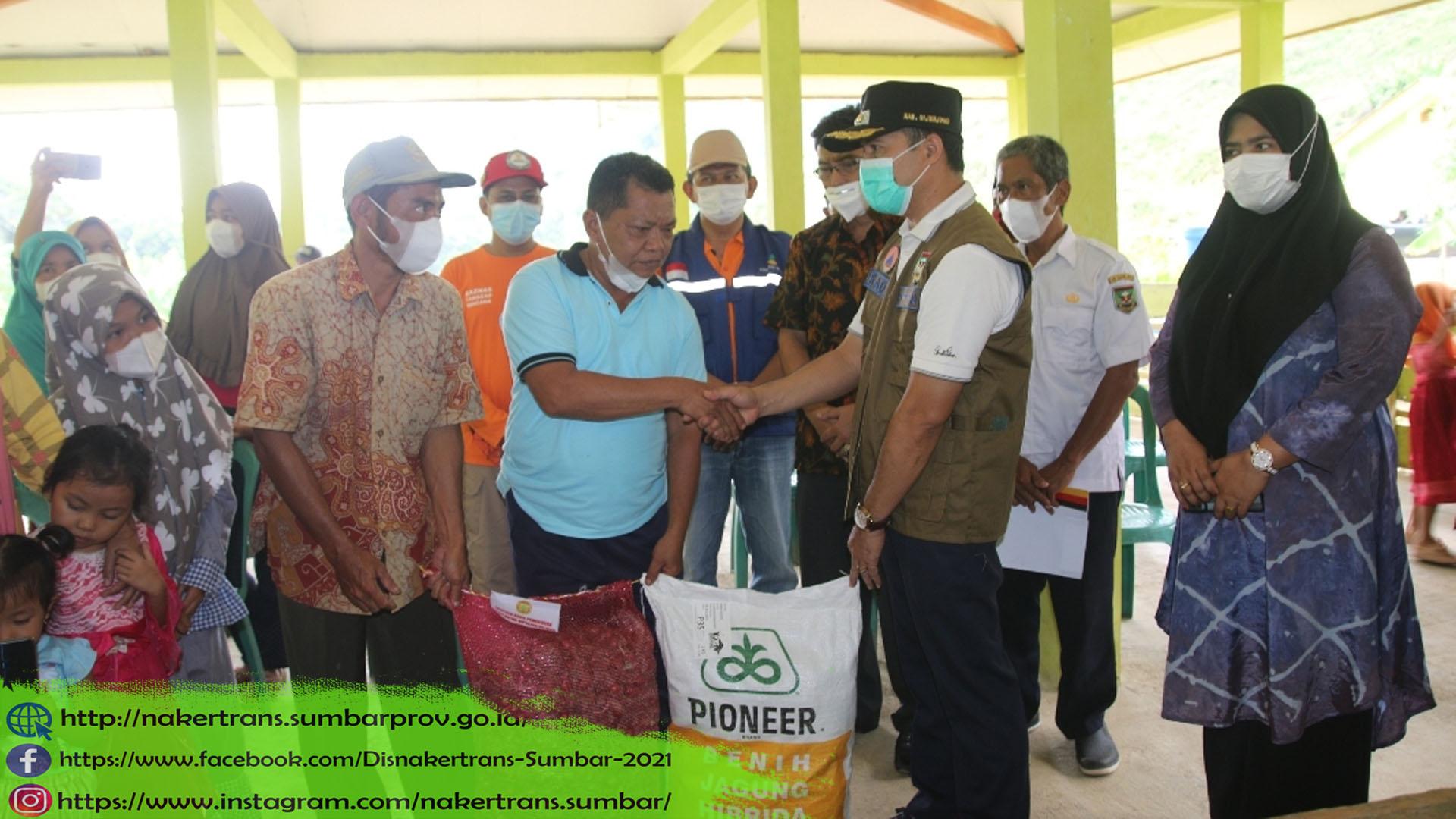 warga transmigrasi Padang Tarok SP 1 Kabupaten Sijunjung penempatan 2016, yang mendapat musibah (rumah terbakar, dan ludes dilalap sijago merah) pada hari Minggu siang, 23 Mei 2021