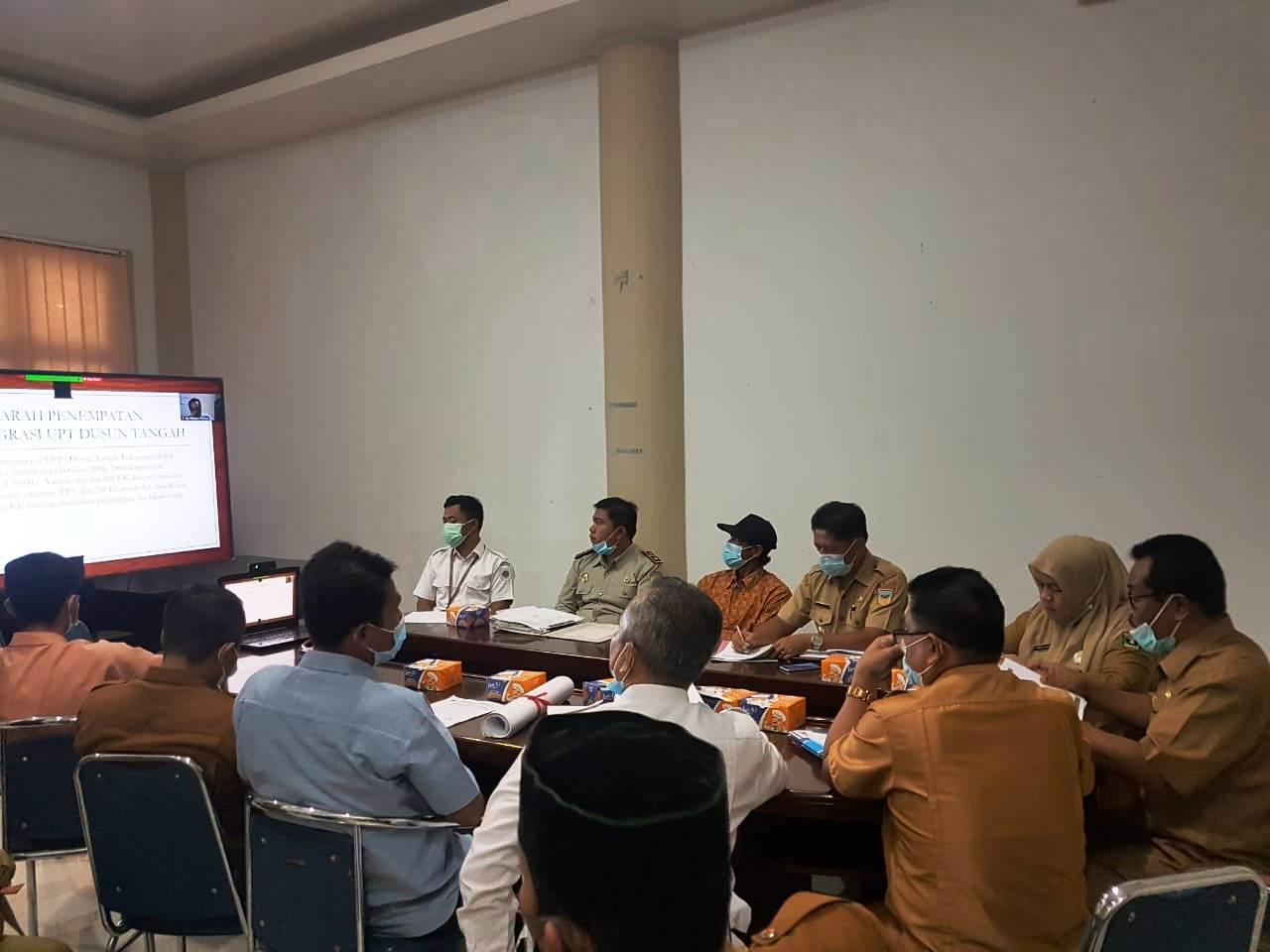 Rapat penyelesaian permasalahan pertanahan transmigrasi (ex UPT Dusun Tangah Kab Solok Selatan),